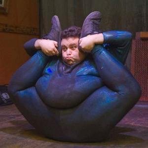The worlds fattest contortionist presents the 5 star review